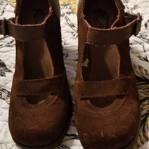$$ London Underground Shoes